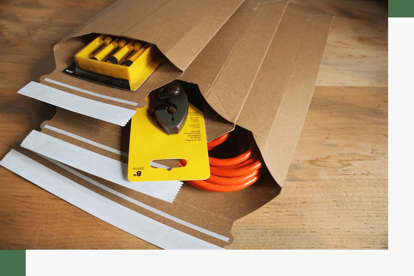 cardboard-corrugated-mailers-wholesale